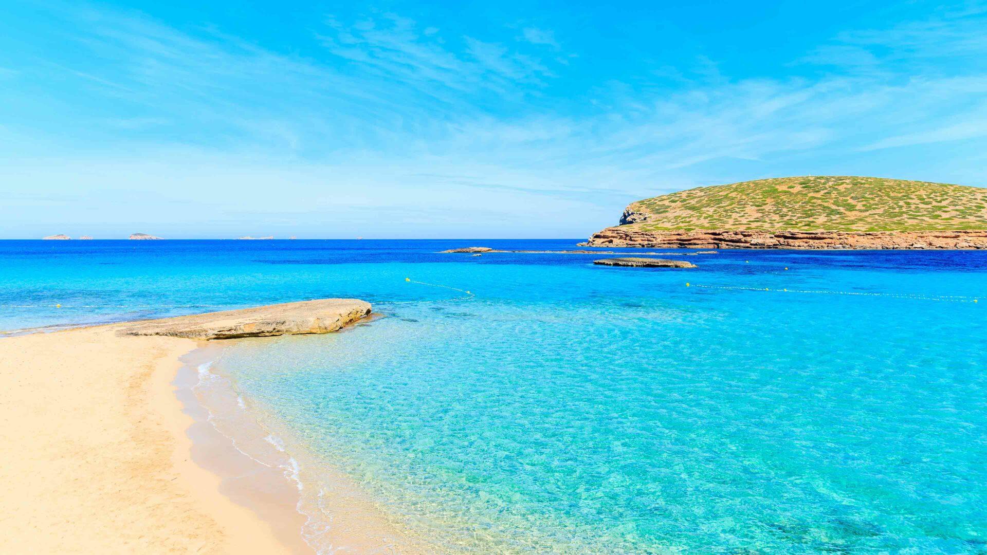 Ibiza strand Cala Comte